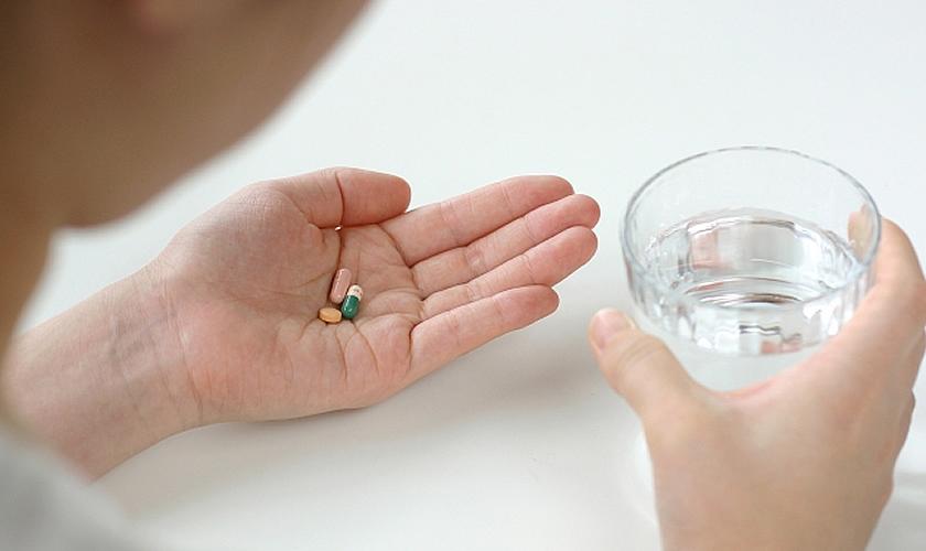 飲む タイミング サプリメント サプリを飲むタイミングは朝昼夜のいつ?最適なタイミングはズバリ!|アサカツ!